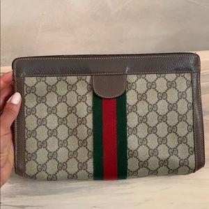 Gucci 1970s clutch
